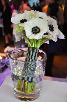 Brautstrauß aus weißen Anemonen von Blumen Graaf