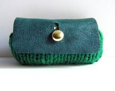 Emerald green purse wool tweed knitted bag leather coin purse gold button vintage fabric memake handmade op Etsy, 29,54 €