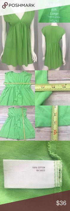 🎀Sz Large Old Navy Green V-neck Cap Sleeve Tunic Measurements are in photos. Normal wash wear, no flaws. E2/36  I do not comment to my buyers after purchases, due to their privacy. If you would like any reassurance after your purchase that I did receive your order, please feel free to comment on the listing and I will promptly respond.   I ship everyday and I always package safely. Thank you for shopping my closet! Old Navy Tops Tunics