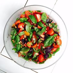 NEW RECIPE: Adding fruit to your savoury salads is a summer must! <3