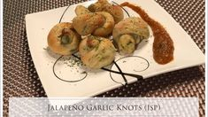 We love breadsticks and this spicy two-ingredient knot hits the spot! Garlic Knots, Weight Watchers Diet, Garlic Parmesan, Dough Recipe, Zucchini, Spicy, Gay Guys, Appetizers, Vegetables