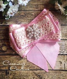 Moño victoriano bow brooch rosa e ivory Moños De Liston 2c22a62a14f
