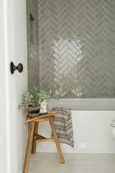 Bathroom Inspiration, Home Decor Inspiration, Bathroom Inspo, Bathroom Ideas, Upstairs Bathrooms, Suites, Bathroom Interior Design, Interior Design Boards, Interior Modern