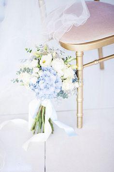 Pale blue hydrangea & lisianthus bouquet