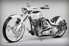 Paul Jr. diseña la bicicleta de Cepheid Genexpert