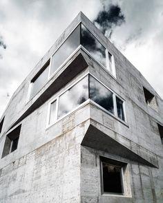 House Presenhuber | Vnà, Switzerland | Andreas Fuhrimann Gabrielle Hächler Architects