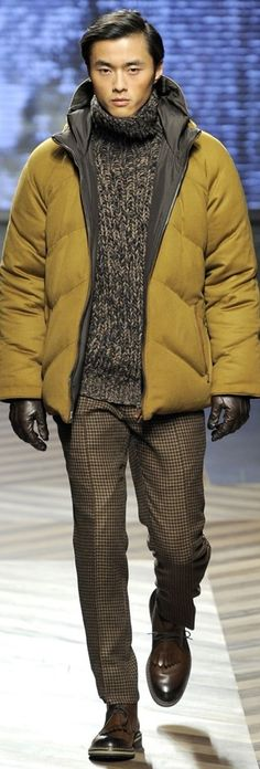 Ermenegildo Zegna   Men's Fashion   Menswear   Smart Casual   Men's Outfit for Fall/Winter   Shop at designerclothingfans.com