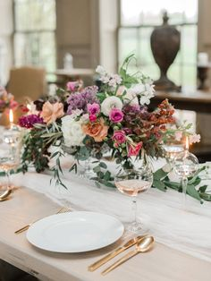 Styling: Sandpiper And Co. - http://sandpiperandco.com Florist: Oleander - http://oleandercurated.com/ Event Design: Oleander - http://oleandercurated.com/   Read More on SMP: https://stylemepretty.com/vault/gallery/136350