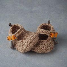 Bailarinas para bebé en alpaca, lino y piel http://www.minimoda.es