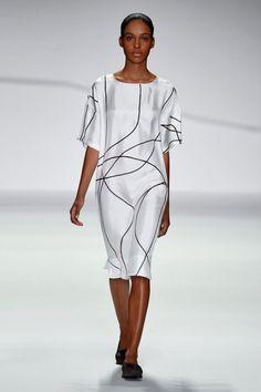 FashionTV Mobile | Gallery | Jasper Conran Spring/Summer 2015 Collection
