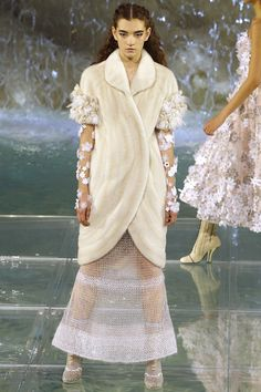 Fendi Fall 2016 Couture Fashion Show - Julia Ratner those sheer sleeves tho