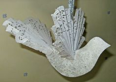 Make this Victorian dove ornament that uses paper doilies for the wings and tail for extra elegance. - Victorian Dove Ornament - Paper Crafts at BellaOnline Paper Doily Crafts, Doilies Crafts, Paper Crafts Origami, Paper Doilies, Paper Crafting, Victorian Christmas Decorations, Victorian Crafts, Christmas Ornaments To Make, Noel Christmas