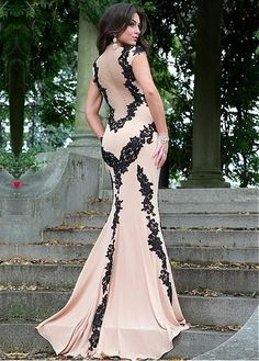 Charming Stretch Satin & Tulle Jewel Neckline Floor-length Sheath Prom Dress