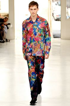 This is the second Look 29 I've liked today! (The other was Marc Jacobs's.) I usually think of Issey Miyake designs more as works of art than something one could wear, but I could wear this.