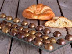Receta   Bombón de croissant - canalcocina.es http://canalcocina.es/receta/bombon-de-croissant