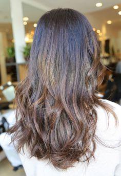Hair Color by JOHNNY RAMIREZ • IG: @johnnyramirez1 • Ramirez Tran Salon • 310.724.8167 • info@ramireztran.com // #ramireztran #johnnyramirez #ramireztransalon #boxno216 #beautifulhair #wavyhair #beforeandafter #highlights #blonde #beverlyhills #hairinspiration #summerhair #beachhair #colorcorrection