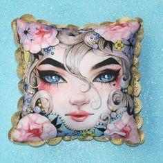 SAMT AKZENT KISSEN.  Künstlerische Kawaii niedlich werfen Pillow.Blush samt Designer Pillow.Gold Trim Sofa Pillow.Gorgeous eine Art Geschenk