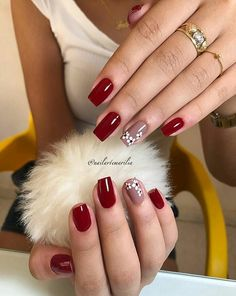 Gorgeous Gel Nail Designs With Flowers for 2019 Latest Nail Designs, Acrylic Nail Designs, Nail Art Designs, Sky Nails, Fire Nails, Flower Nails, Gorgeous Nails, Trendy Nails, Nail Colors