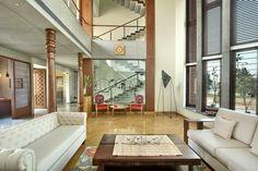 Ajay Patel Residence | Dipen Gada & Associates Indian Home Design, Indian Home Interior, Indian Home Decor, Hall Interior Design, Dream House Interior, Indian Homes, Home Decor Styles, My Dream Home, Living Room Designs