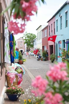 Georges, Bermuda absutely my favorite place ! Have to go back and explore. Went there on business trip and did not get to even scuba. Was terrible dangle. It is on top of the bucket list. Places Around The World, Oh The Places You'll Go, Places To Travel, Places To Visit, Around The Worlds, Bermuda Vacations, Bermuda Travel, Bermuda Beaches, Cruise Vacation