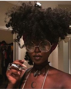 A diverse collection of beautiful Black Women's hairstyles for every occasion! Try something and post it to a pin! Black Girls Hairstyles, Afro Hairstyles, Beauty Skin, Hair Beauty, Flawless Beauty, Curly Hair Styles, Natural Hair Styles, Pelo Afro, Pelo Natural