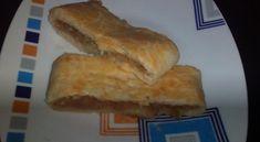 Domácí jablečný štrúdl s ořechy od smiley Bread, Food, Meal, Essen, Hoods, Breads, Meals, Sandwich Loaf, Eten