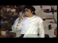 Michael Jackson - Heal The World (Live Superbowl 1993) (High Quality video) (HD) - YouTube
