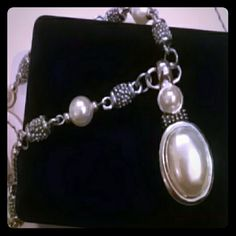 NEW Beautiful silver/pearl necklace Beautiful necklace Jewelry Necklaces