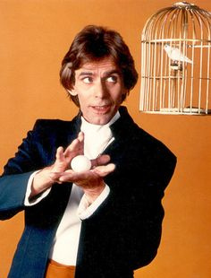 Jacobus Maria Bemelman (Tommy Wonder) (1953-2006) The Magicians, Best Magician, Magic Illusions, Anne White, Magic Show, Magic Tricks, The Conjuring, Vintage Posters, My Hero