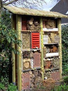 Landhaus Blog : Insektenhotel Für Den Garten Selber Bauen   Video .