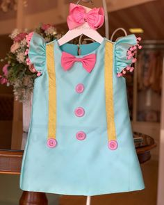 Little Girl Gowns, Gowns For Girls, Frocks For Girls, Baby Frocks Designs, Kids Frocks Design, Baby Girl Frocks, Baby Girl Dresses, Baby Girl Frock Design, Cotton Frocks