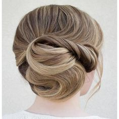 Professional hairstylist Steph specializes in wedding hairstyles and her Instagram account, @hairandmakeupbysteph,  is full of stunning, formal updos. #Hairstyles #Beauty