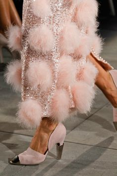 "dress-this-way: ""Chanel Fall 2012 Haute Couture "" Colors ~ Pink and Silver Couture Mode, Style Couture, Couture Fashion, Runway Fashion, Fashion Shoes, Chanel Fashion, London Fashion, Dress Fashion, Fashion Women"