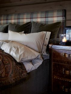 rustic bedroom wall decor - Internal Home Design Cozy Bedroom, Bedroom Wall, Master Bedroom, Bedroom Decor, Master Suite, Wall Decor, Up House, Cabin Interiors, Living Room Remodel