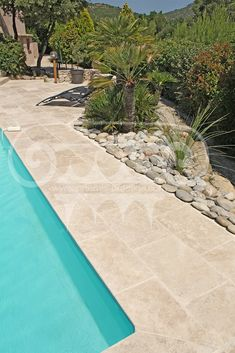 Small Backyard Pools, Modern Backyard, Pool Decks, Backyard Patio, Pool Paving, Pool Landscaping, Lanai Design, Pool Landscape Design, Fiberglass Pools