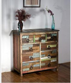 Komoda vintage z niecyklinowanego drewna z indyjskich budowli.