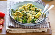 Cheesy Broccoli and Kale Egg Scramble Recipe