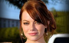 emma stone - such beautiful warm colors...and I dig the earrings too!