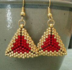 Linda's Crafty Inspirations: A Trio of Triangles