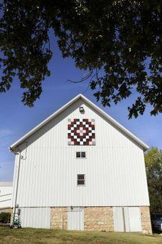 Barn quilt 11 Barn quilt Story in Lincoln NE paper 10/4/2012