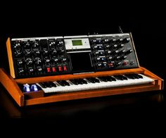 How the World's First Portable Synthesizer works.