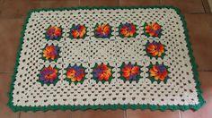 OS CROCHES DA ELSA: tapete com flor catavento