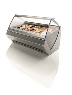 Orion's goal for Tecnica design was to maximize the visibility of the #icecream #display #cabinet. #arredamento #vetrina #gelateria #pasticceria #gelato