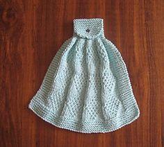Ravelry: Reverse Diamond Towel pattern by Vaunda Rae Giberson Dishcloth Knitting Patterns, Crochet Dishcloths, Knitting Stitches, Knit Patterns, Free Knitting, Knit Crochet, Knitting Squares, Knitted Washcloths, Knitted Blankets