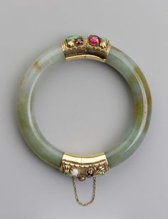 Jade bangle with gem-set decoration | Museum of Fine Arts, Boston