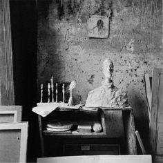 ARTIST: Ernst Scheidegger TITLE: Giacometti's bust of his brother Diego, an early work DATE: c. 1950 MEDIUM: recent gelatin silver print SIZE: h: 20 x w: 16 ...