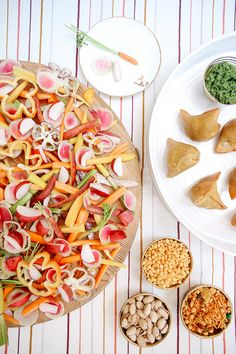 How LA Catering Star Annie Campbell Entertains at Home - Camille Styles Appetizers For Party, Appetizer Recipes, Veggie Display, Veggie Platters, Food 101, Food Displays, Food Bowl, Fun Desserts, Soul Food