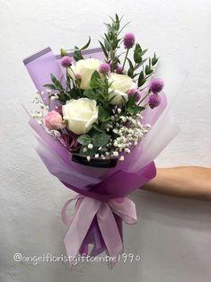 Flowers Roses Bouquet, Flower Bouquet Diy, Bouquet Wrap, Beautiful Bouquet Of Flowers, Hand Bouquet, Floral Bouquets, Dried Flowers, Rose Bouquet, How To Wrap Flowers