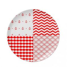 Τραπέζι απόλυτα καλοκαιρινό | Small Things Table Settings, Plates, Tableware, Summer, Home, Licence Plates, Dishes, Dinnerware, Summer Time