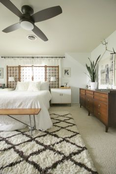 I Love That Rug   Need One For The Bedroom Lamps Plus Ceiling Fan In Modern  Boho Master Bedroom